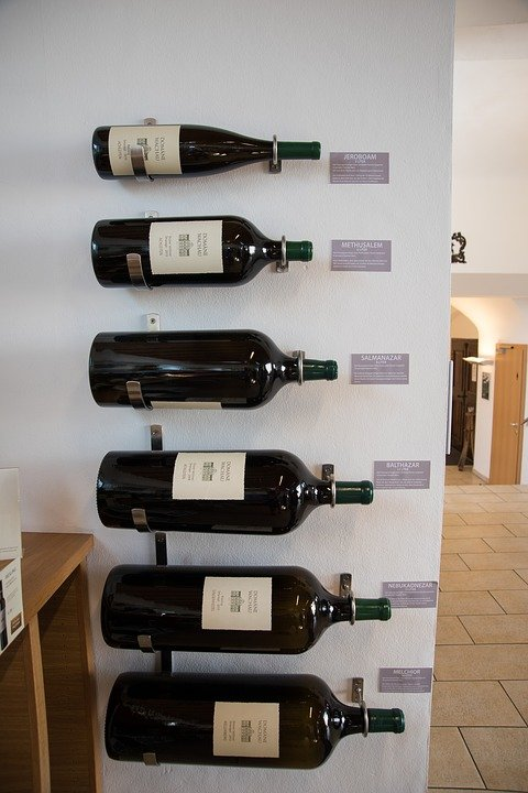 personalised champagne bottle magnum sparkling wine cava prsecco label custom